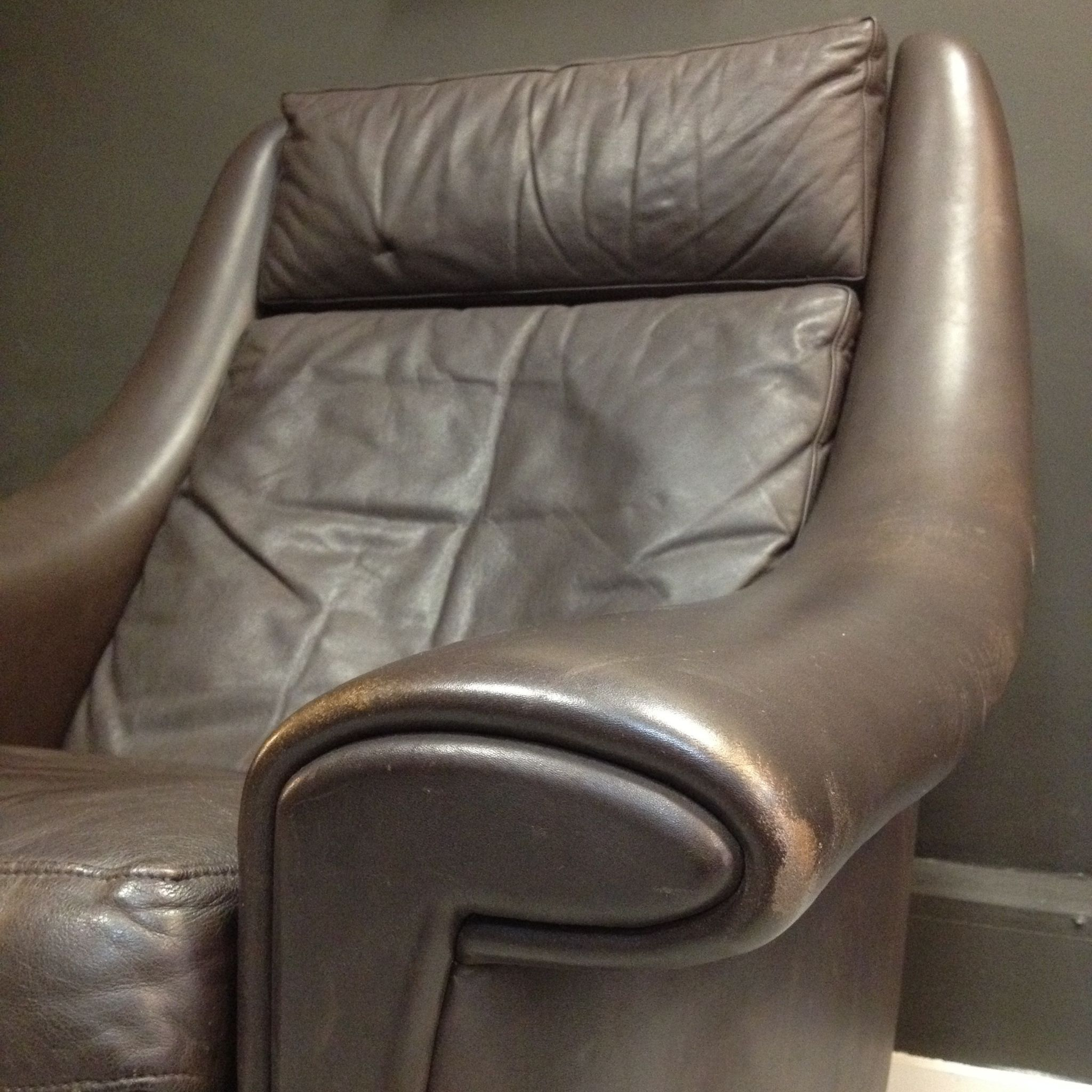 & Super Comfy Danish Leather Chair